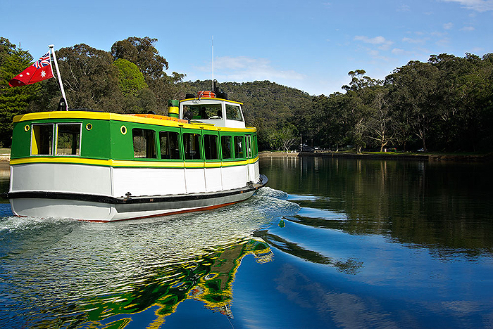 Cronulla Ferries And Cruises Port Hacking River